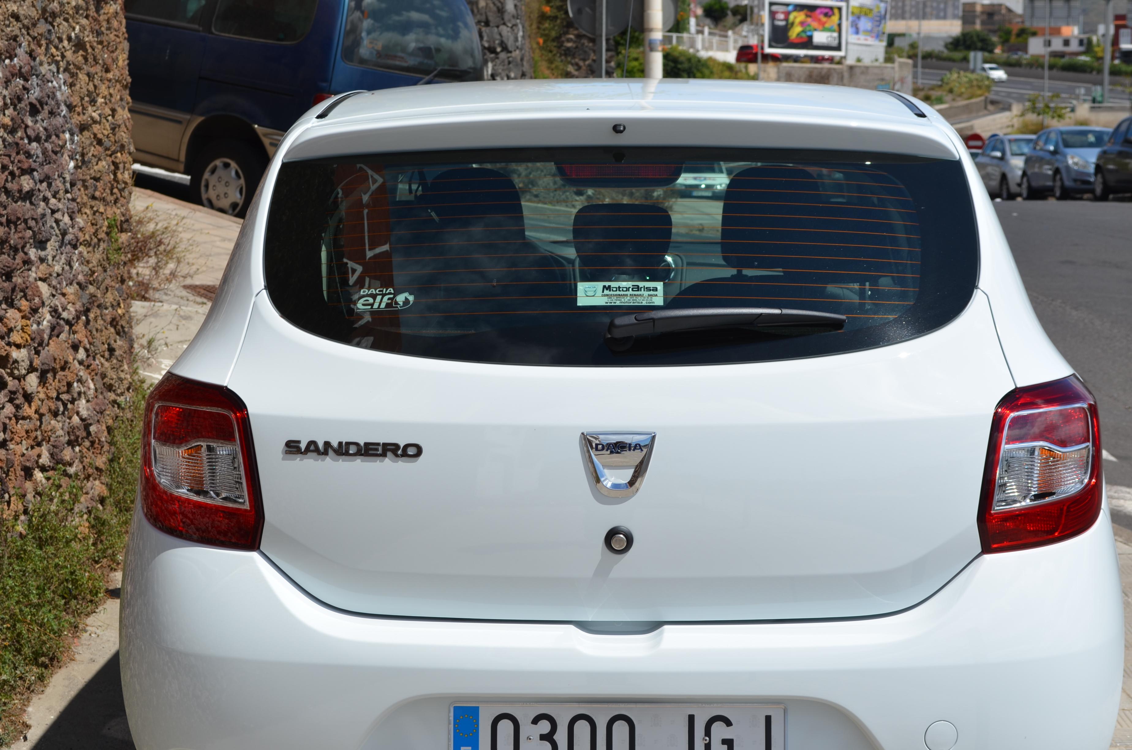 vehiculo de cortesia 002
